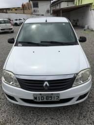 Renault Logan Expression 1.0 16V. 4p. 2011. Branco - 2011