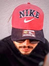 Boné Nike Red