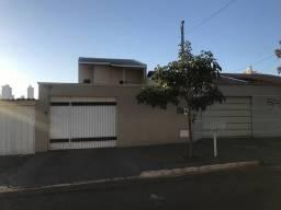 Título do anúncio: Sobrado para venda tem 161 m2 com 4 quartos em Setor Pedro Ludovico - Goiânia