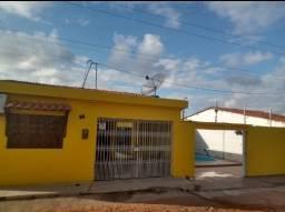 Vende-se casa em Japaratinga