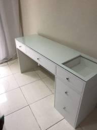 Mesa Escrivaninha Penteadeira com tampo de vidro