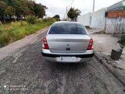 Título do anúncio: Clio sedan 1.6 16v