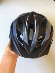 Capacete ciclismo Btwin seminovo