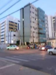 Apt pra venda excelente local frente ao novo shopping em C.Caiada,Muito bom!