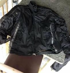 Vende-se kit x11 jaqueta e calça