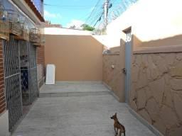 Título do anúncio: Casa com 2 dormitórios à venda, 300 m² por R$ 670.000,00 - Padre Eustáquio - Belo Horizont
