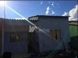 Casa à venda com 2 dormitórios cod:8af3f0c6a3c