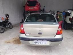 Clio sedan 2005 - 2005