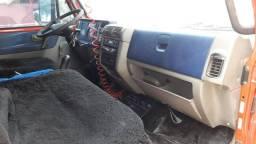 Vende caminhão 8-120 2010 - 2010