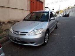 Troco ou Vendo Honda Civic 2004/05 por New Civic - 2005