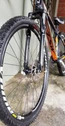 Vendo bicicleta zerada