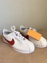 Tênis Nike Classic Cortez