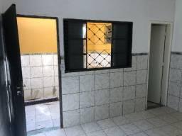 Kitenete incluso agua e energia Prox ao Motel Ilha de Capri para 1 pessoa