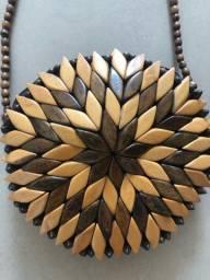 Bolsa de madeira