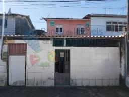 Duas casas a 100 metros da Av. Tancredo Neves em Jardim Paulista