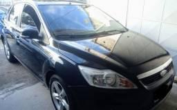 FORD- Focus Ghia sedan 2.0 completo automático 2011