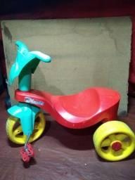 Triciclo para seu BB de até 3 anos se exercitar e brincar
