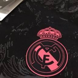 Título do anúncio: Camisa Real Madrid preta com rosa 20/21