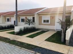Casas de 1 e 2 Quartos à venda com pátio privativo