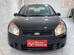 Fiesta Sedan 1.6 8v - Completo - Único dono