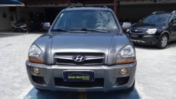 Hyundai Tucson automática completa Carro esta Excelente!2016 Semi nova