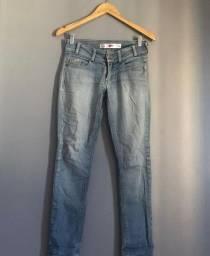 Calça jeans novinha