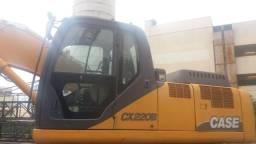 Escavadeira Case CX220