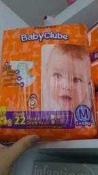 20 pacotes de fralda tamanho M