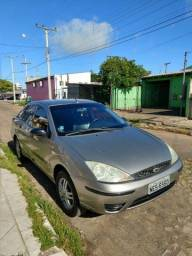 Focus sedan 1.6 8v - 2007