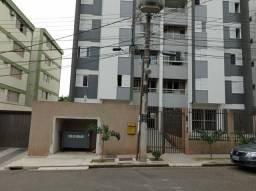 8008   Apartamento para alugar com 3 quartos em Zona 07, Maringá