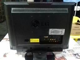 Monitor 19 com Auto Falante / tv para monitoramento