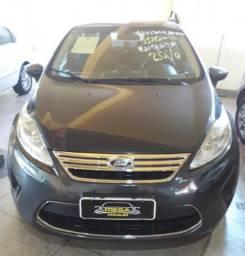 FIESTA 2010/2011 1.6 SE SEDAN 16V FLEX 4P MANUAL - 2011