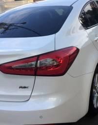 Cerato 2015 40.000km carro de garagem