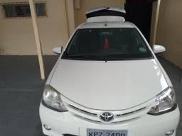 Etios Toyota 2014 Branco