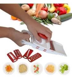 Título do anúncio: Fatiador De Frios Legumes Queijo ideal para fazer espaguete 5 Em 1  novo lacrado