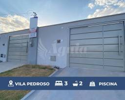 Título do anúncio: Casa com 3 quartos, piscina e área gourmet - Vila Pedroso, Goiânia
