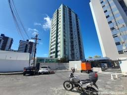 Vende-se Apto no EDF. Boca da Grota, 3 quartos + dependência, 120m², Farol.