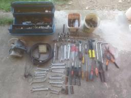 Vendo caixa de ferramenta