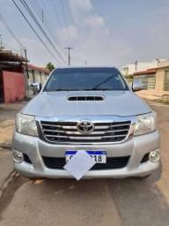 Título do anúncio: Toyota  hilux srv 2013 $ 140.000