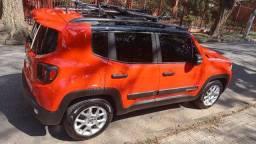 Jeep Renegade Sport em perfeito estado