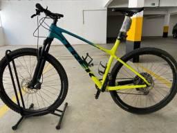 Título do anúncio: Bike MTB Trek XCalliber 9 tamanho XL