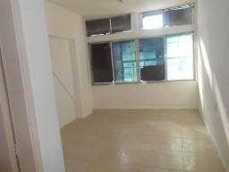 Sala - CENTRO - R$ 350,00