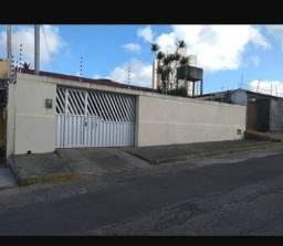 Vendo Casa 03 quartos no Pitimbu