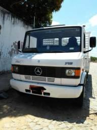 Mercedes-Benz 710, perfeito estado, extra (Único dono) - 2006 - 2006