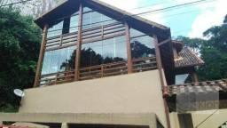 Casa à venda no bairro Retiro - Petrópolis/RJ