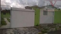 Terreno com 2 casas no Xaxim, 367m²; a uma quadra da Avenida Francisco Derosso e três da l