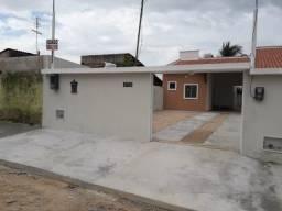Vendo linda casa plana em Maranguape com 3 quartos e 84m² de área construída