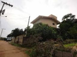 Casa no bairro Congonhas em Tubarão (aceito carro)