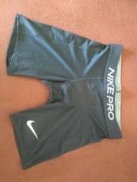Bermuda Térmica Nike PRO