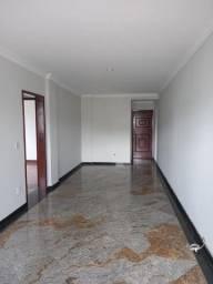 A RC+Imóveis aluga um excelente apartamento no centro de Três Rios - RJ